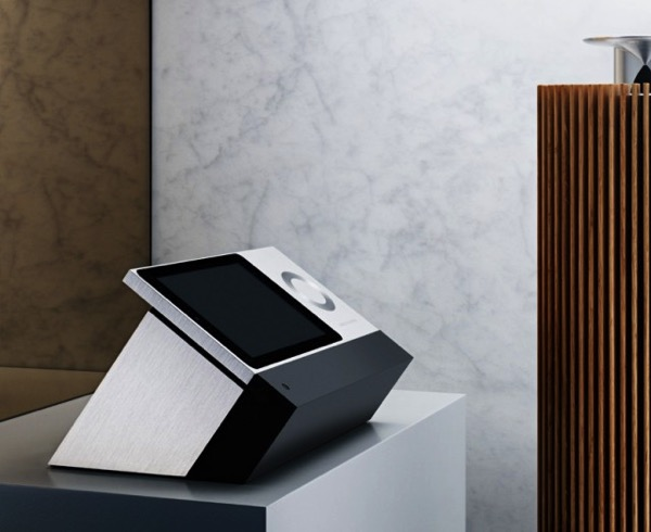 Intelligent Bang Olufsen Music System 2 640x523