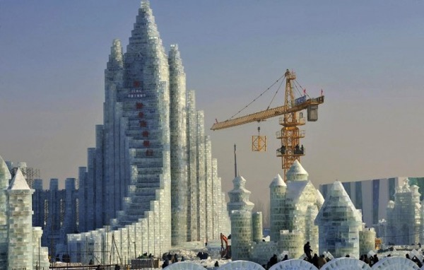 The 2015 Harbin Ice and Snow Festival 7 640x408